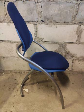 Krzesła biurowe 8 sztuk