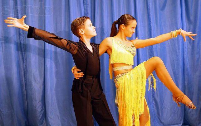 Пошив платья для бального танца