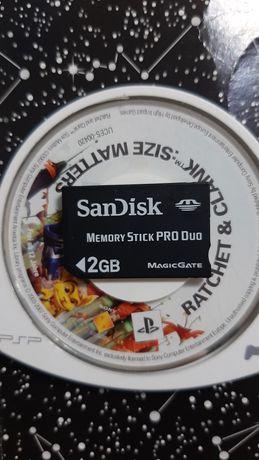 Karta pamięci PSP 2GB + gra Ratchet & Clank