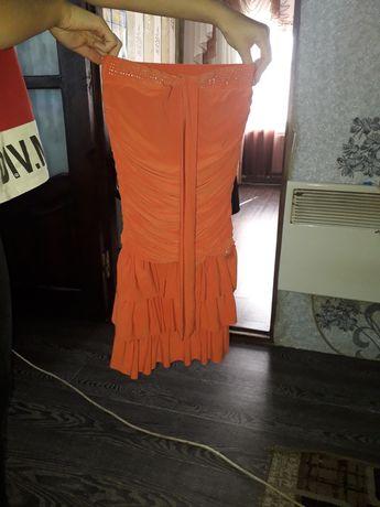 Платье для девочки 6-7лет