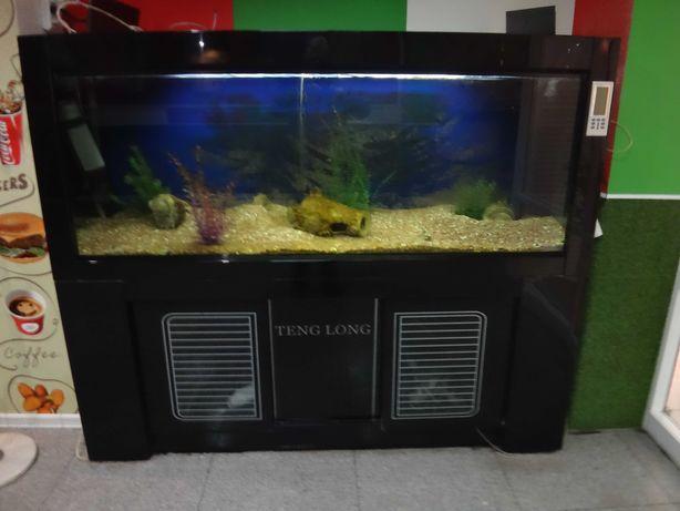 Продам аквариум 1000л.