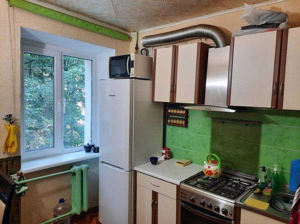 продаже двухкомнатная квартира с ремонтом на Черемушках