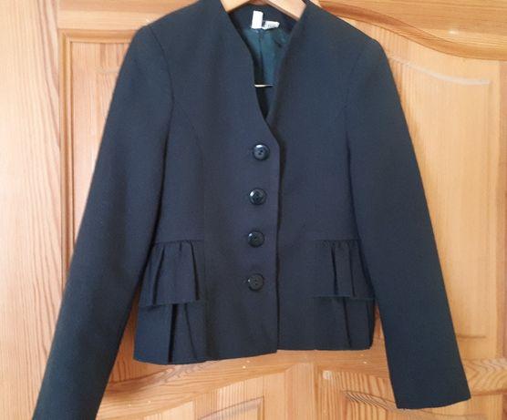 Пиджак школьный зеленый на девочку 122 см