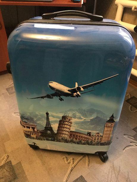 Продам чемодан или обмен