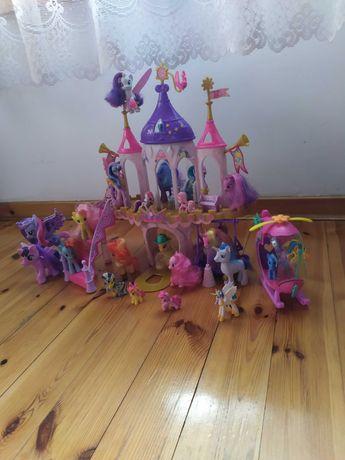Zamek My little pony + helikopter