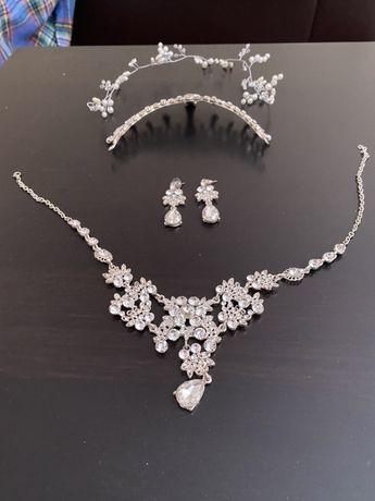 Conjunto tiara, colar, brincos