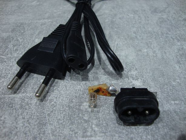 Przewód kabel ósemka + gniazdo z dioda do radio TV HI-FI