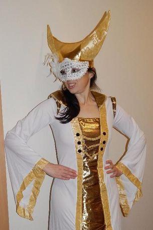 Fato de Carnaval, rainha medieval