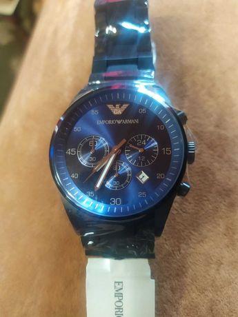 Новий годинник Армані