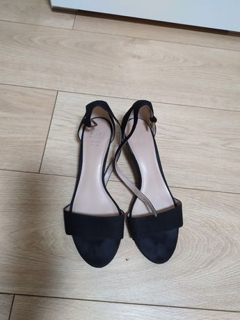 Босоножки, туфли F&F