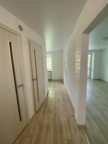 Продам 2 комнатную квартиру в центре города с хорошим ремонтом.