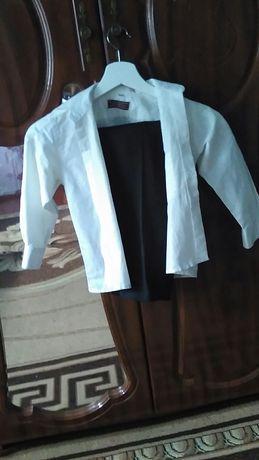 Продам брюки і рубашку