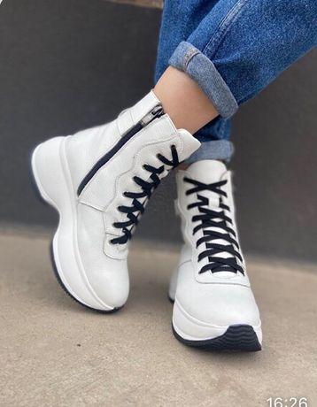 Ботинки кроссовки . Зима! 37 р Кожа!