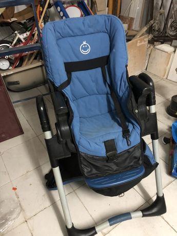 Cadeira de refeicao