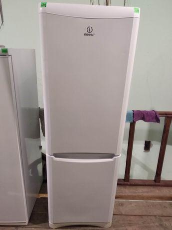 Холодильник Indesit 185см #429