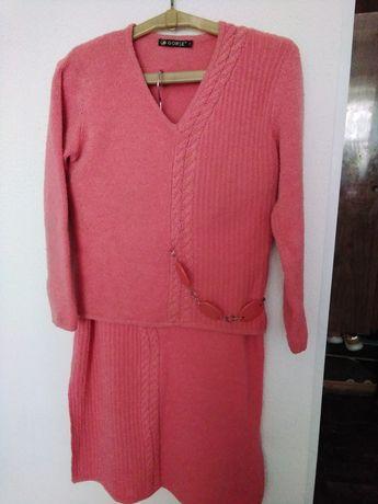 Женский костюм .50-52