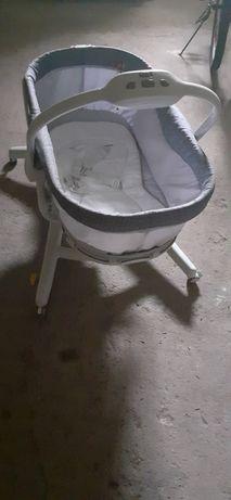 Baby hug łóżeczko, krzesełko.