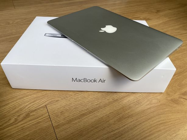 "Macbook Air 11"" ano 2015 + Caixa + Acessórios"
