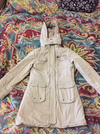Куртка/ пальто демисезонное на девочку 140 см