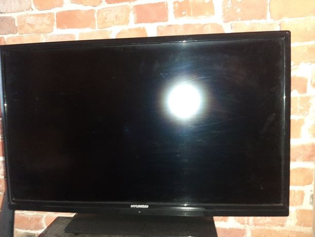 Sprzedam uszkodzony telewizor HYUNDAI 32 cale