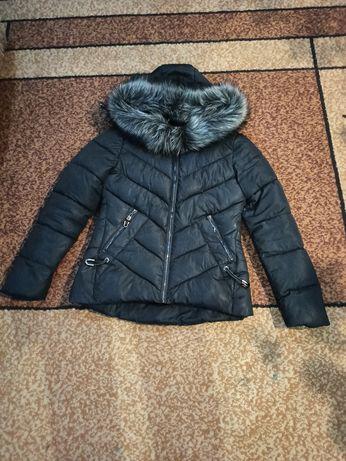 Куртка зимняя ,теплая очень симпатичная