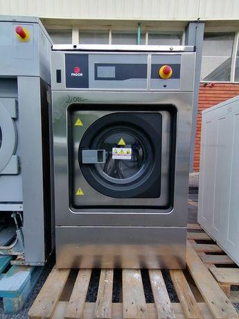 Máquina de lavar roupa industrial Aga Fagor Domus e Primer