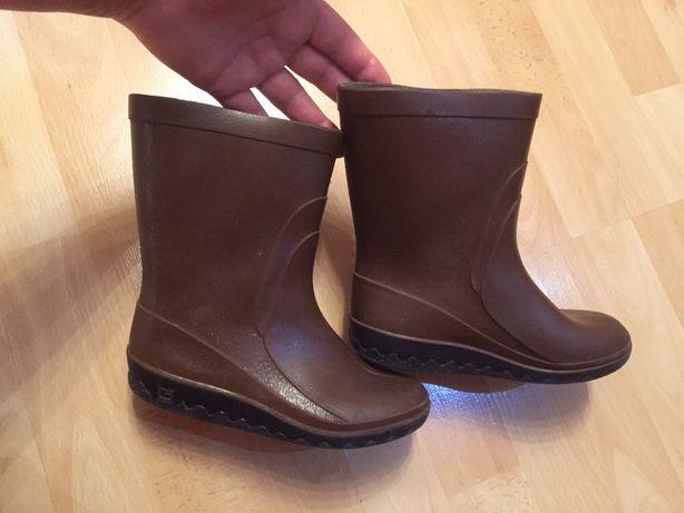 Резинові якісні  чобітки, резиновые сапожки 30 раз., стелька 19,5 см
