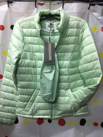 Куртка женская демисезонная 100%пух люкс качество .Размер- XS-3XL;