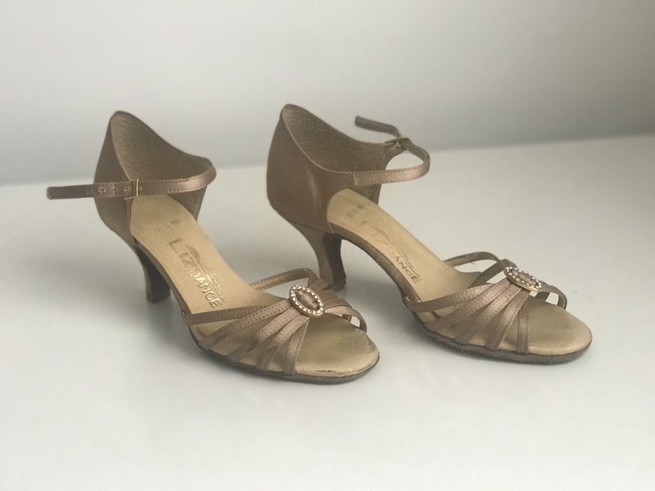 Buty do latino beżowe obcas 5 cm rozm 36 Żory - image 1