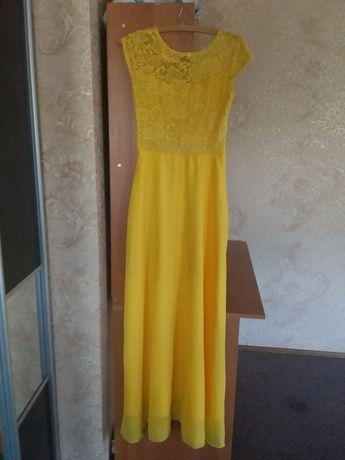 плаття жовтеньке