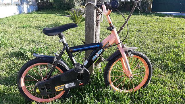 Bicicleta criança 3/4 anos