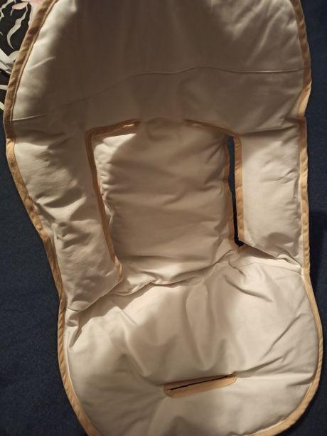 Redutor universal para cadeira de bebé ou carrinho de bebe com lã