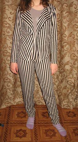 костюм осенний в полосочку