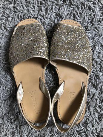 Sandały płaskie Next 38 skóea złote