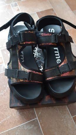 Женские сандали 39 размер