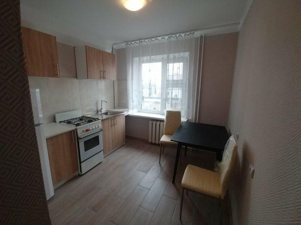 Квартира 1 комната, Автозаводская, дом 48, хороший ремонт