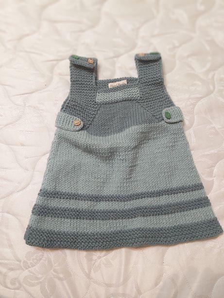 Детское вязаное платье для девочки