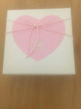 Квадратна подарункова квадрат коробка Sweet love