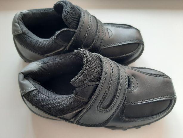 Ботинки кроссовки чёрные