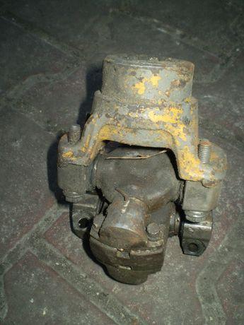 wózek widłowy Bułgar części krzyżak wału