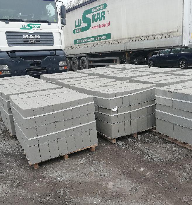 Bloczek betonowy 12x24x38 cm B20