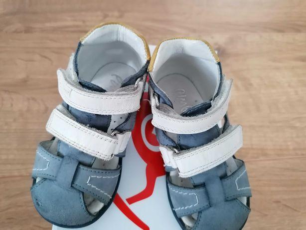 Buciki emel, sandałki dla chłopca 21