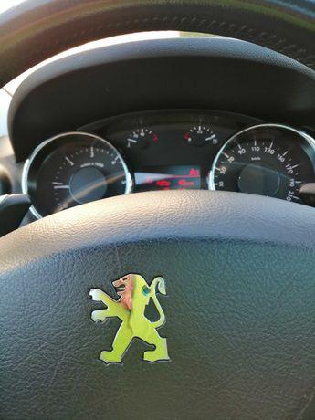 Sprzedam Peugeot 3008 diesel 2011 r