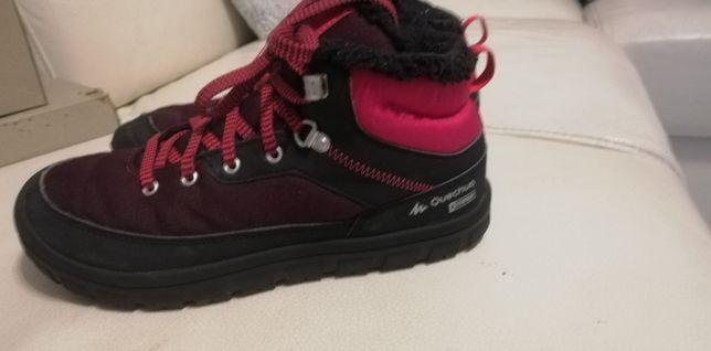 Ciepłe buty Decathlon roz. 36