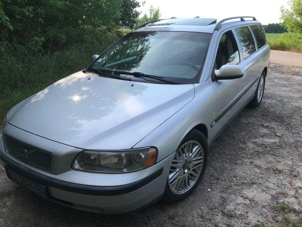 Volvo v70 T-5 продам