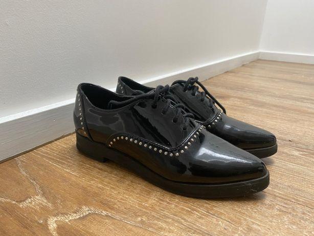 Sapato estilo masculino