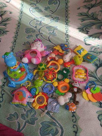 Іграшки, пакет іграшок (брязкальця, погремушки)