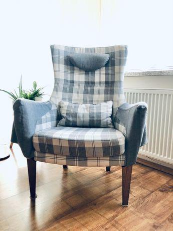 Wygodny duży fotel