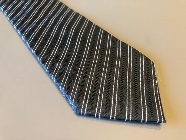 Krawat marki RC Business! Przy zakupie 4 krawatów 5 krawat gratis!