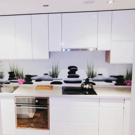 Lacobel, szkło do kuchni, panele szklane, szkło z grafiką